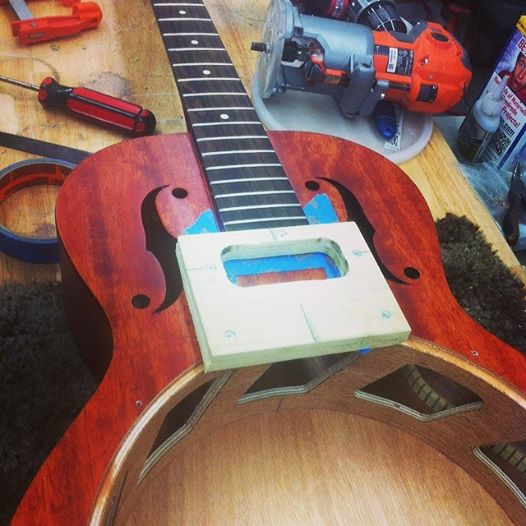 WE FIX, REPAIR, MOD, AND SET UP STRINGED INSTRUMENTS
